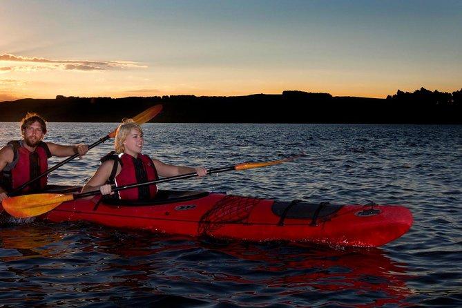 Lake Rotoiti Evening Kayak Tour including Hot Springs, Glowworm Caves and BBQ Dinner