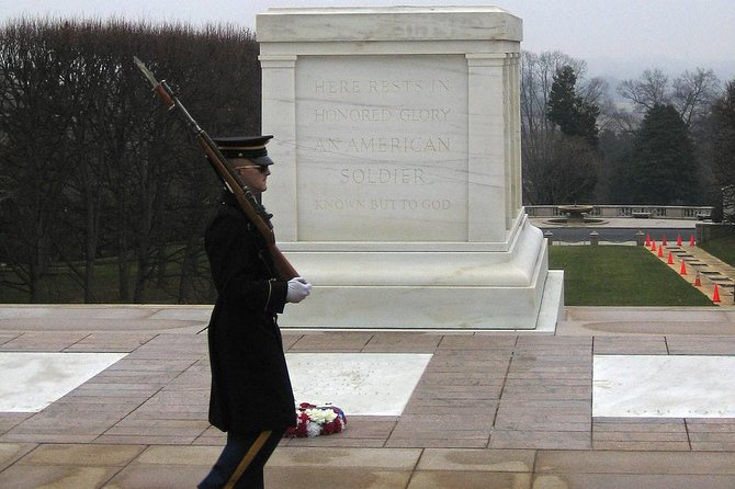 Arlington National Cemetery Guided Walking Tour - Private Tour
