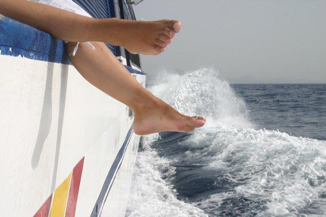 Lanzarote: Ferry return ticket to Fuerteventura with wifi