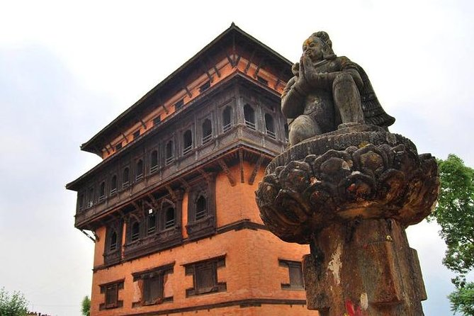 Day Tour to Historical Hill Town