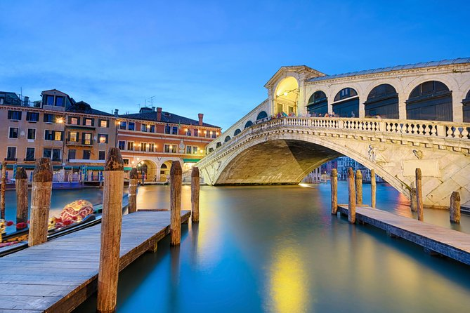 Romantic Venice in one day by high-speed train including Gondola ride