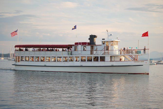 New England Fall Foliage Lunch Cruise in Boston Harbor