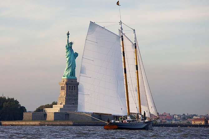 New York Day Sail to the Statue of Liberty on America 2.0