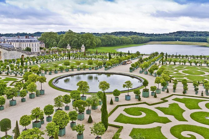 Versailles Palace Skip The Line & Audio Guided Tour Optional Gardens from Paris