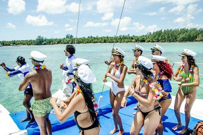 From Punta Cana: Small Catamaran Boat Cruise