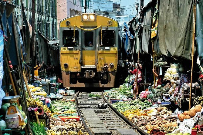 Private Tour: Amphawa Floating Market & Maeklong Railway Market