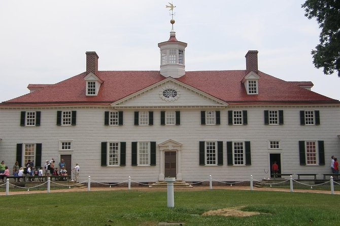 Perfect Private Mt. Vernon/Arlington Cemetery Tour with Lunch