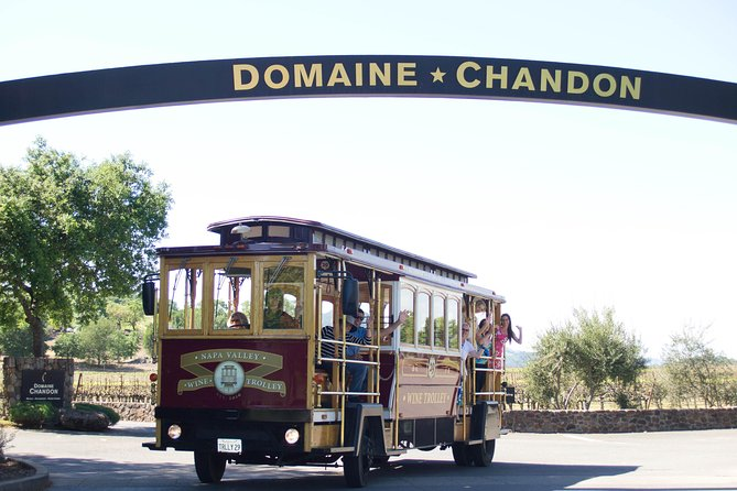 Napa Valley Open Air Wine Trolley Tour with Lunch