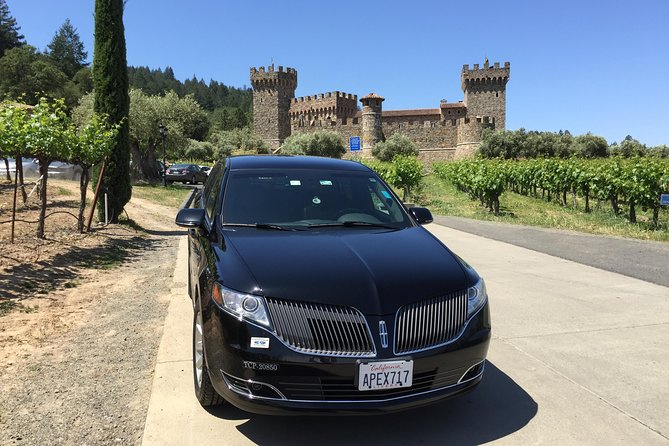 6-Hour Private Napa Wine Tour in a Lincoln MKT Crossover (up to 4 Passengers)