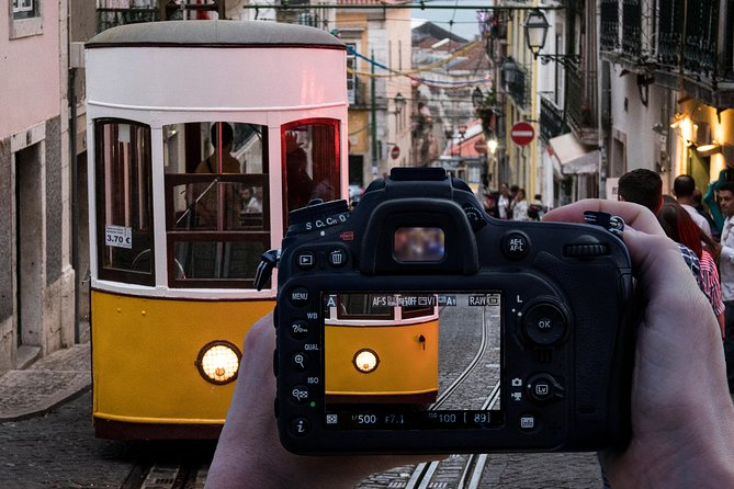 Private Lisbon Photography Walking Tour with a Professional Photographer