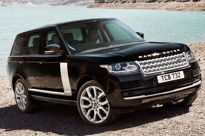 Private Chauffeured Luxury Range Rover at Your Disposal in London Full Day