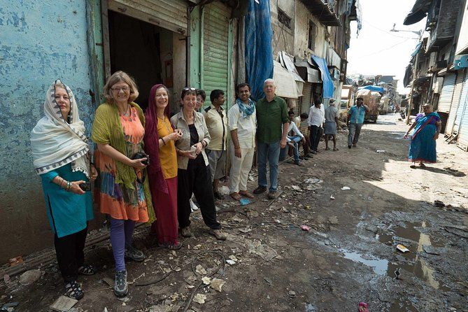 Private Walking Tour of Dharavi Slum with Transport