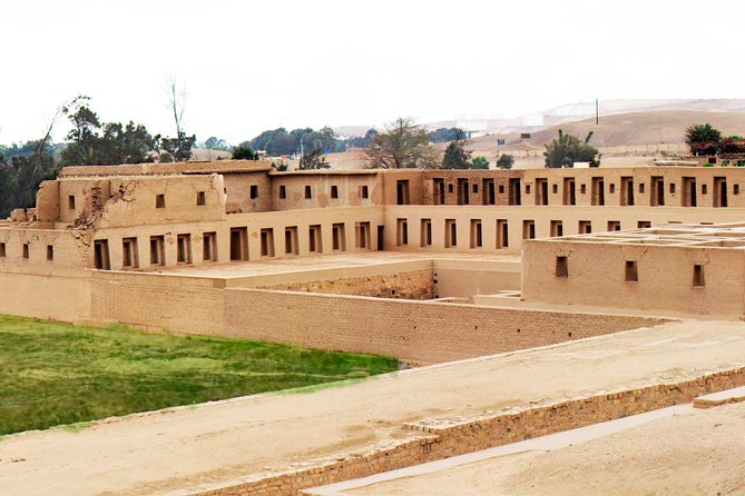 Tour to Pachacamac Temple - visits to Barranco & Chorrillos