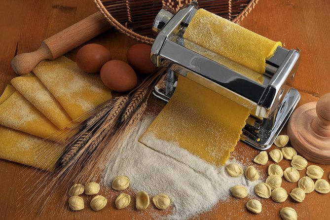 Traditional Home Cooking Class in Piacenza