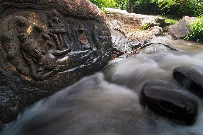 Group Tour Kbal Spean and Banteay Srei and Banteay Samre