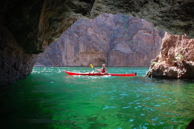 Kayaking Day Trip on the Colorado River from Las Vegas