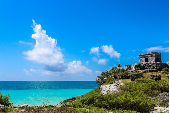 Day Trip: Tulum Ruins and Swimming with Turtles in Akumal