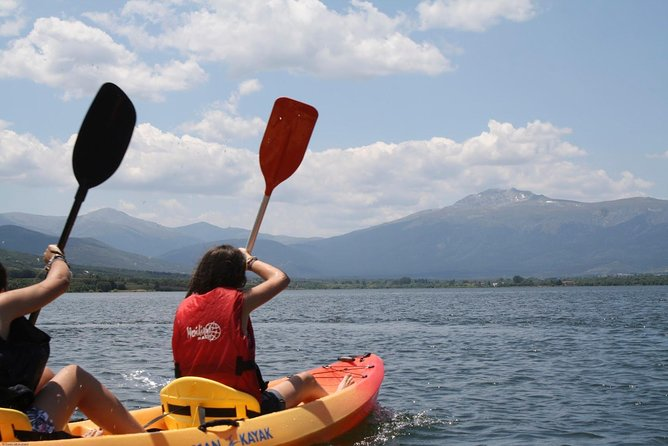 Kayaking in Madrid National Park - Private (1-3 pax)