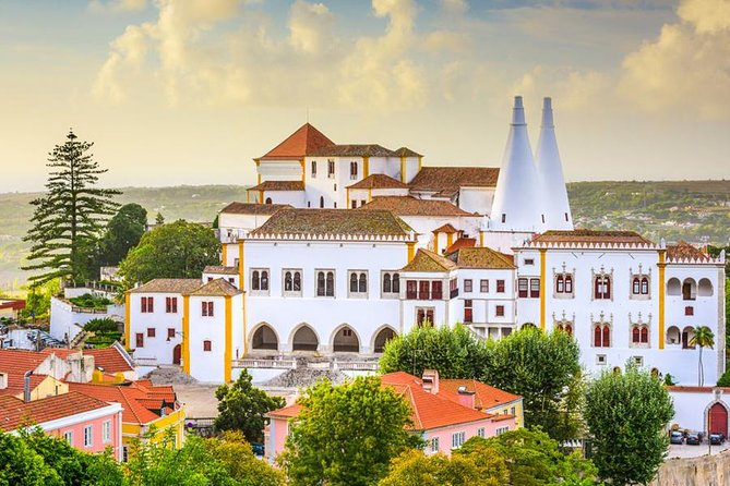 Private Tour: Discover the Best of Sintra in a half-Day Tour