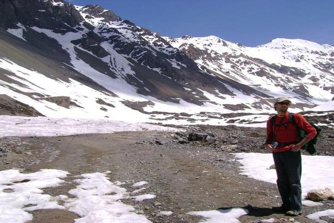 Santiago: Full day Trekking to El Morado glacier, include hot springs entrance.