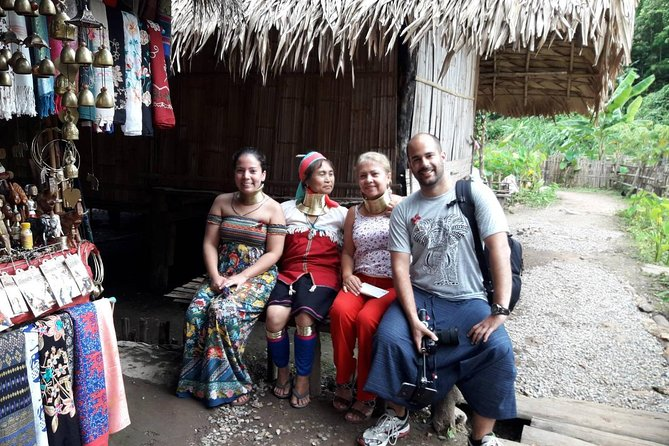Small-Group Visit to the Long Neck Hill Tribe and Sticky Waterfall