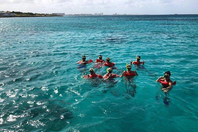 Half-Day Aruba Special Champagne Brunch Cruise