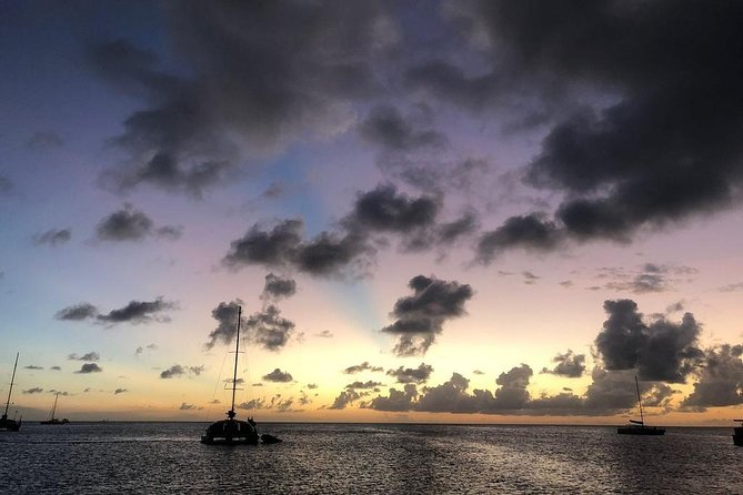 Aruba Happy Hour Sunset Sail with Food and Drinks