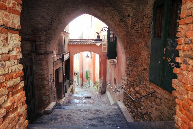 Medieval Sibiu Private Tour: Old Town Exploration Game
