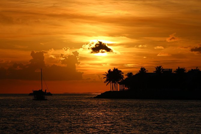 Key West Sunset and Cocktail Cruise with Open Bar