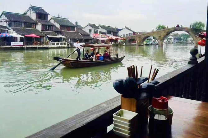 Private Zhujiajiao Authentic Gourmet Tour from Shanghai with Massage Options