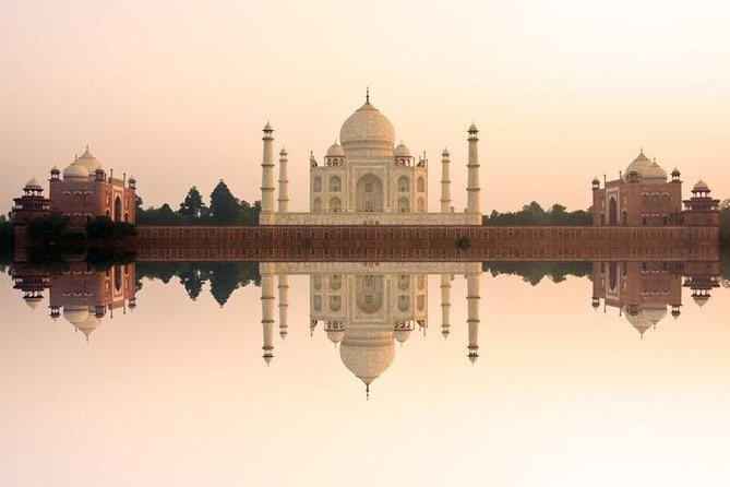 Delhi to Agra and The Taj Mahal at Sunrise Day-Trip