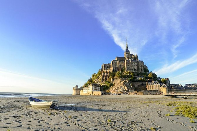 Day trip with local driver to Mt Saint-Michel Cancale and Saint-Malo from Rennes