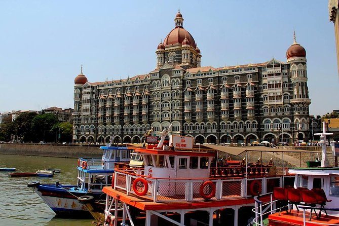 Mumbai Sightseeing Full-Day Tour by coach.