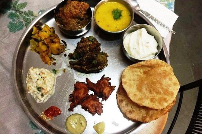 Traditional Mangalorean or Maharashtrian cooking class in Pune