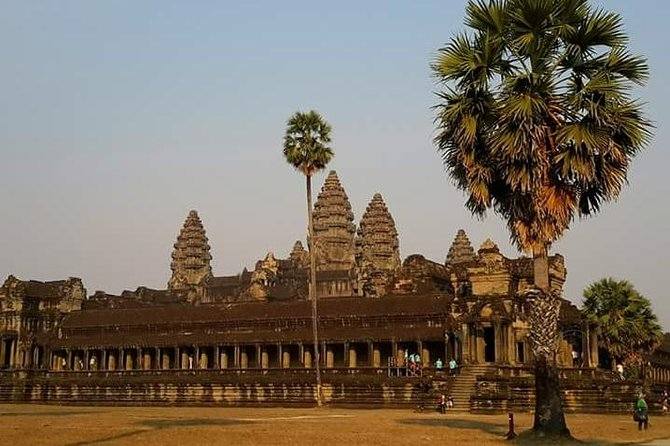 Half Day Private Splendour of Angkor Wat Cultural Tour
