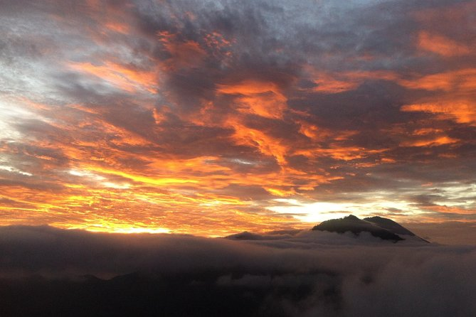 Private Mount Batur Sunrise Trek and Ayung River White Water Rafting Tour