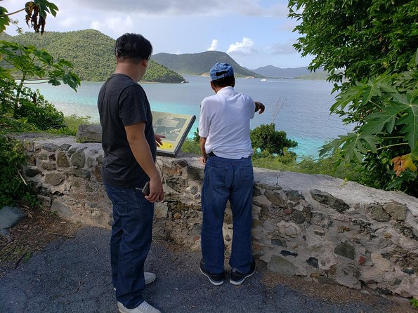 Private Four Hour Historic/Beach Tour with Star Fish Tours & Taxi