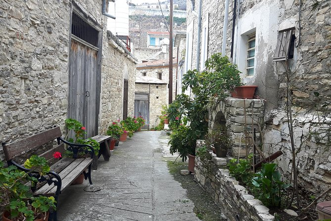 A day trip to the heart of lacework LEFKARA VILLAGE and NICOSIA