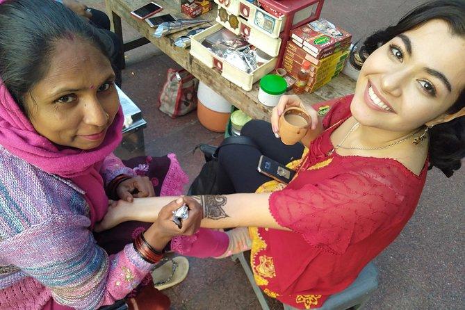The Indian Passport - Heena Art & Shopping Tour