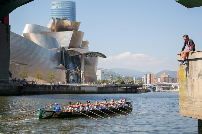 Bilbao city and Guggenheim Museum small group tour