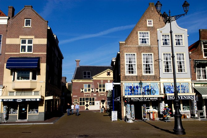 Walking Tour of Delft - The City of Orange and Blue
