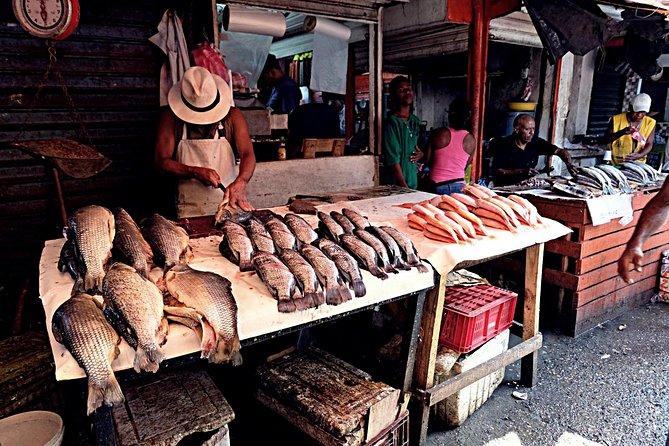 Cartagena Tour Privado al Mercado Popular (BAZURTO) con clase de cocina