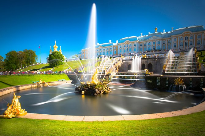 1-Day St Petersburg PRIVATE Trip to Peterhof Palace and Gardens