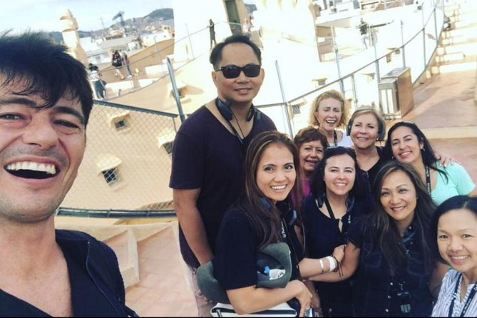 Barcelona Tour: Skip the Line Sagrada Familia, Park Güell & La Pedrera