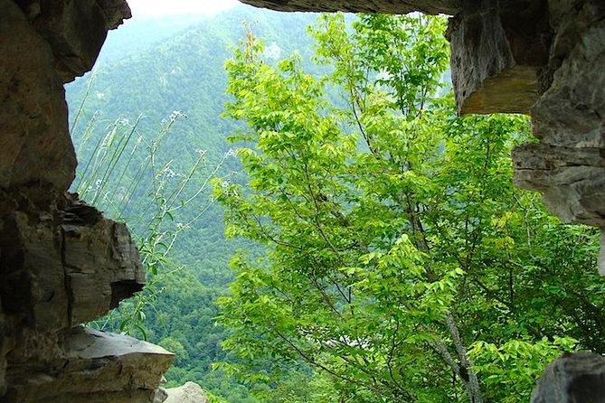 Galarsan Gorarsan fortress hiking