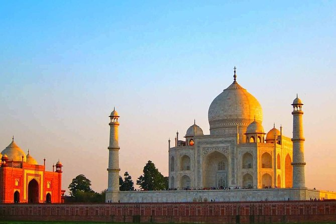 full-day Taj Mahal Tour from Agra Hotel or Train Station