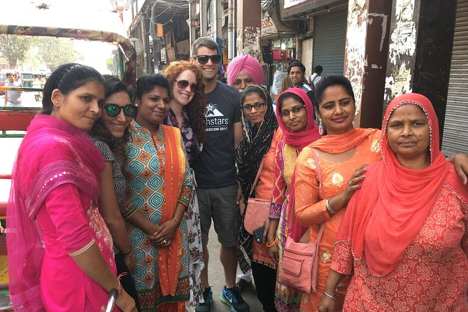 Old and New Delhi Sightseeing Day Tour