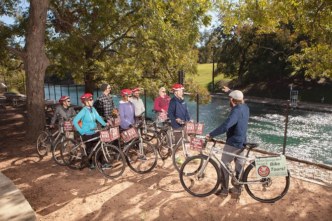 Austin in a Nutshell Bike Tour with a Local Guide