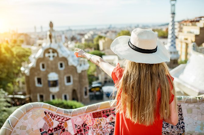 The Most Complete Full Day Private Tour with Sagrada Familia and Park Guell