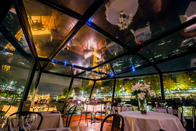 Paris Seine River Romantic Dinner Cruise with Glass of Champagne